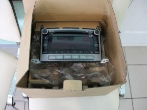Оригинальная магнитола для Toyota Venza 2011