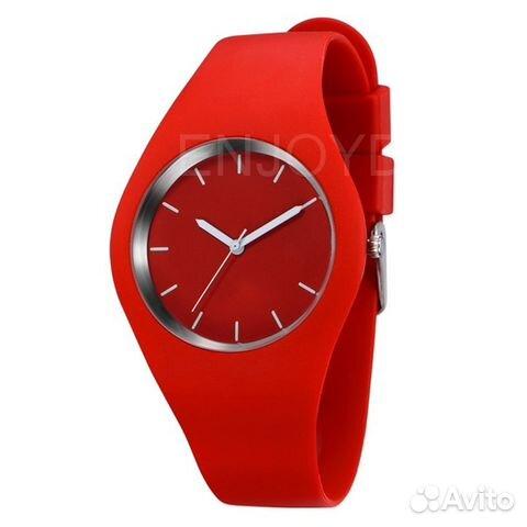 b372eadb7c52 Женские красивые часы наручные белые, красные