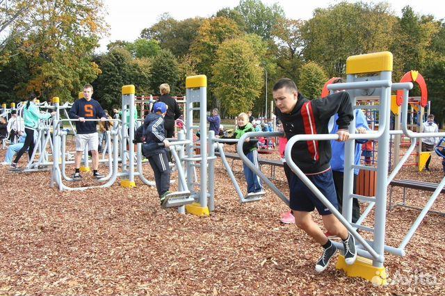 спортивное оборудование для уличных университетских площадок
