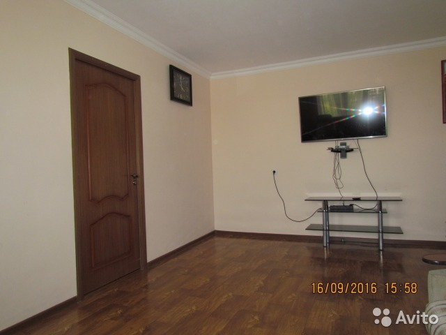 Продается четырехкомнатная квартира за 2 800 000 рублей. ул Заветы Ильича, 88.