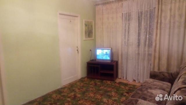 Продается четырехкомнатная квартира за 2 350 000 рублей. Тюменская обл, г Тобольск, мкр Анисимово, 1-й Березовый проезд, д 6.