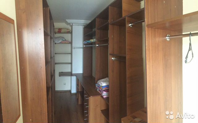 Продается двухкомнатная квартира за 5 500 000 рублей. Красноярск, улица Урицкого, 50.