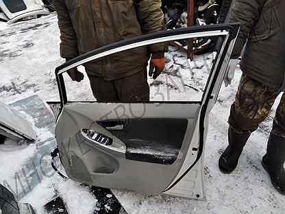 Дверь передняя правая Toyota Prius XW30 / Приус 30