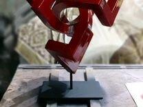 Арт скульптура (сложная геометрическая форма)